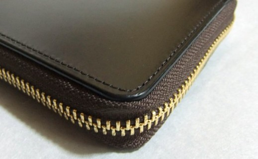 ブライドル グランドウォレットの縫製(コーナー部分)