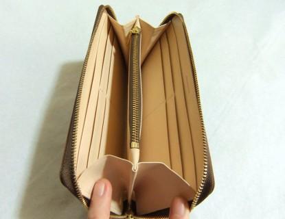 マットーネ ラージウォレット内装の縫製を紹介していきます