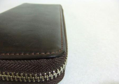 ハニーセル長財布の縫製ライン(縦))