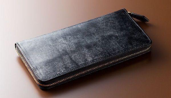 英国産最高級ブライドルレザー仕立てのラウンドファスナー長財布