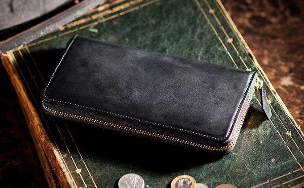 国産最高級のコードバンを使ったラウンドファスナー長財布