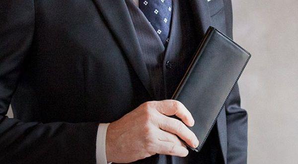 日本製のコードバンを使った人気のコードバン長財布です