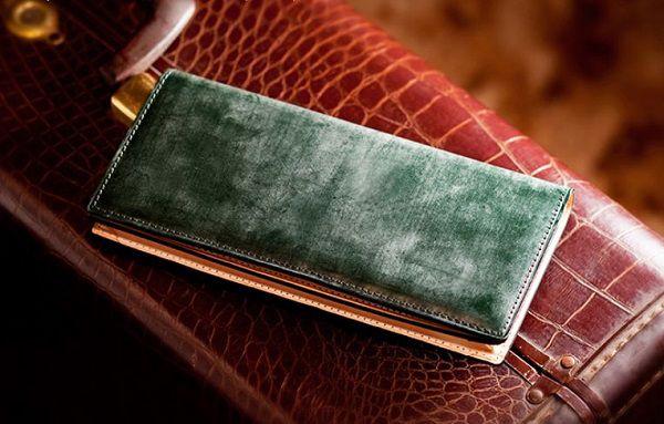 収納力の高いブライドルレザー長財布メンズ