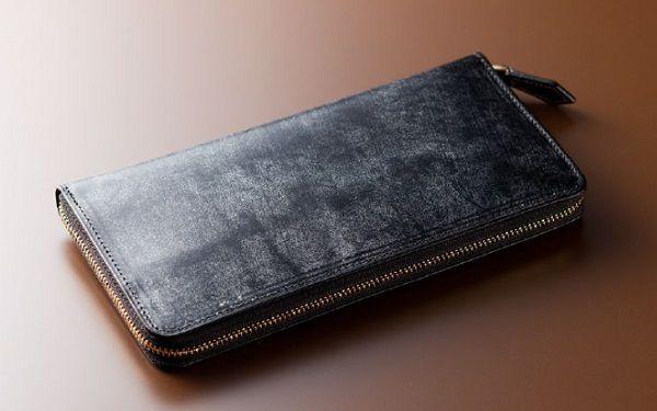 財布全面ブライドルレザー仕立ての贅沢なラウンドファスナー長財布