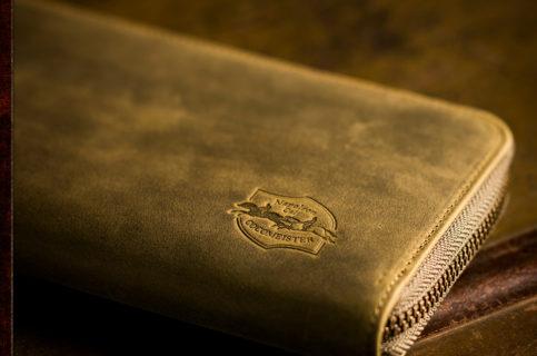 ラウンドファスナー長財布おすすめの逸品です