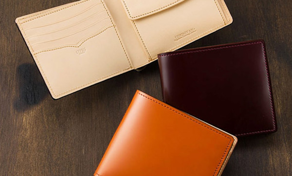 人気NO.3の質高き確かなコードバン二つ折り財布