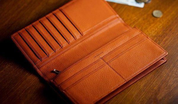 人気NO.1のミネルバボックス・メンズ長財布